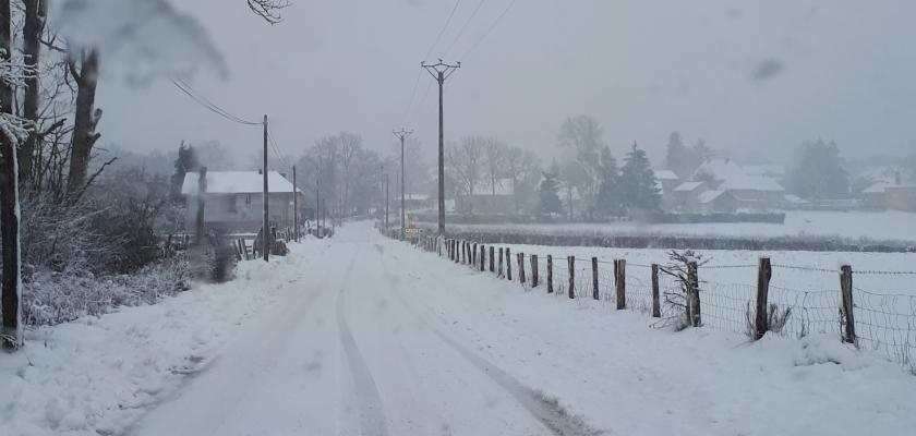 neige entree village